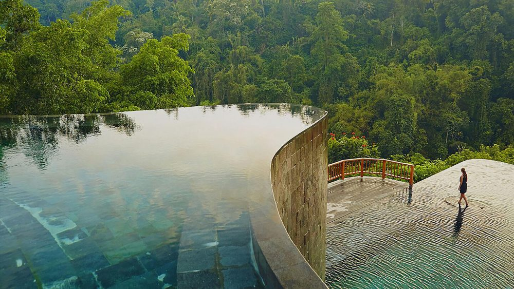 The Hanging Gardens of Bali Spa in Ubud is surrounded by lush greenery.