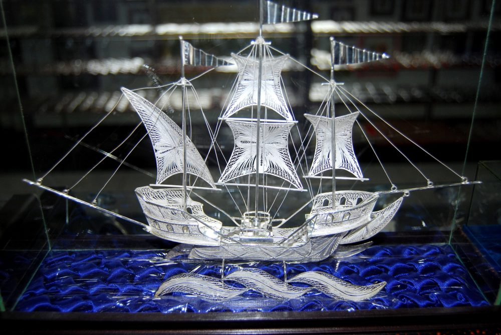 Visit Celuk Village to admire and purchase skillfully crafted silver and gold pieces. https://www.flickr.com/photos/69295524@N03/8267025402/in/photolist-dAwECJ-Q58khC-P4uTwk-QePiT5-PJagWo-Q7SRci-Q58fMW-PJaFQW-P4vvvV-QeNcrE-P4tXpx-Q7SZyD-PJ9Ufh-Qi5via-Qi55Hi-P4u6n6-QeNZ8u-Q7SNF6-PJa9Sd-P1FQpW-P4vmGc-P1G76q-QeNVsU-Q58pkC-P1FYa5-P4uYJe-Q7SqbB-Qi51Q8-QeNo9S-PJ9iRC-Q7SqQH-Qi5bBn-QePMrw-P1GThC-QeP27j-PJ9cxL-Q58r5Q-Q58kpm-PJ9L6w-Qi4Wtx-P4u2nH-QePEJ3-P1HhFb-Q59HgL-Qi55UF-Q7RxZK-P1HgAf-Qi552t-Qi65jv-Q59JiA