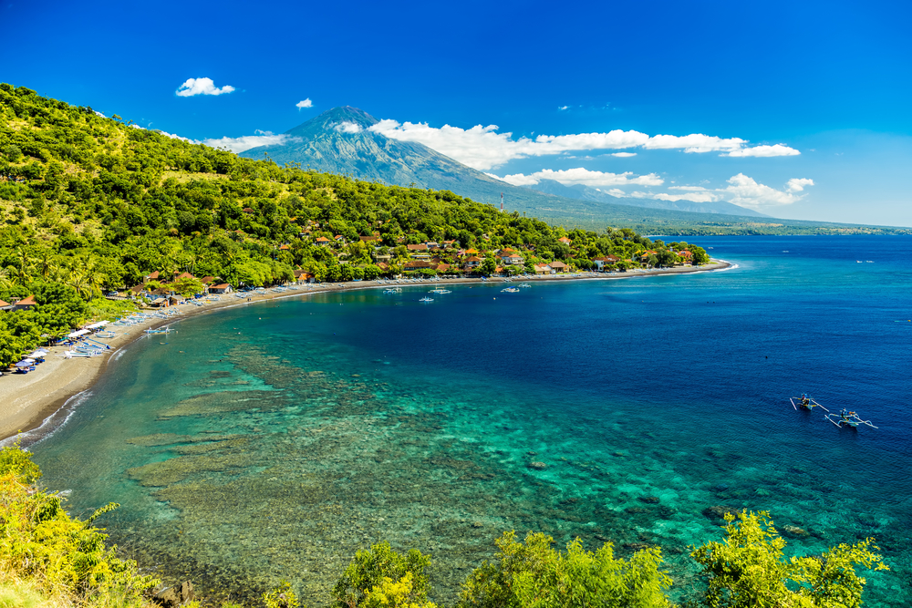 The beautiful coastline of Amed is a dream for divers, freedivers, and snorkelers.
